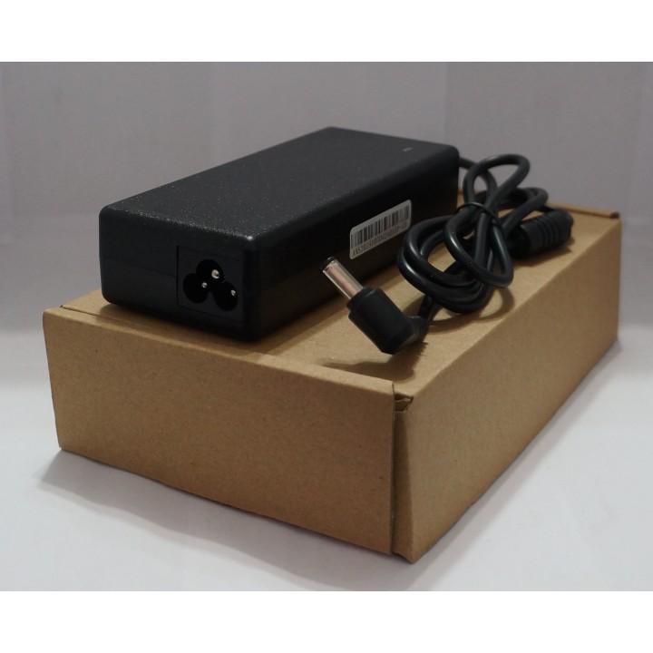 Блок питания для ноутбука TOSHIBA 19V4.74A   5.5*2.5  Б